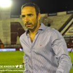 """Azconzábal: """"Capaz que lo que faltó para llevarnos los tres puntos fue que levanten la bandera."""""""