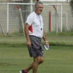 Fútbol informal en la Quemita.