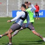 Diferentes trabajos físicos y fútbol formal en la práctica