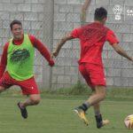 Tareas físicas y fútbol formal en la Quemita