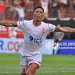 """Lucas Barrios:""""Sé lo que es ser alcanza pelotas en Huracán"""""""