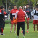 Tareas de fútbol en espacios reducidos en el entrenamiento